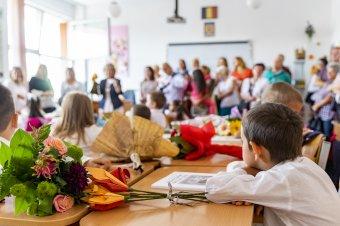 Magyar túljelentkezés Kolozsváron – Zajlik az iratkozás az előkészítő osztályokba