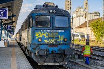 Vonatpótló buszok Szászrégen és Déda között