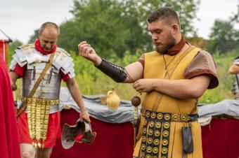 Római hangulat Mikházán – Három helyszínen szervezik a Maros megyei rendezvényt