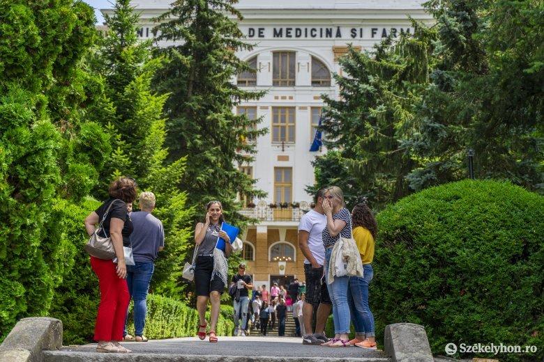 Az ország hat orvosi képzést nyújtó egyeteme közül a marosvásárhelyi a legfelkapottabb