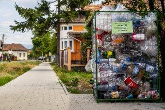 Magyar baktériumkoktél szabadíthatja meg a világot az egyszerhasználatos műanyag hulladéktól