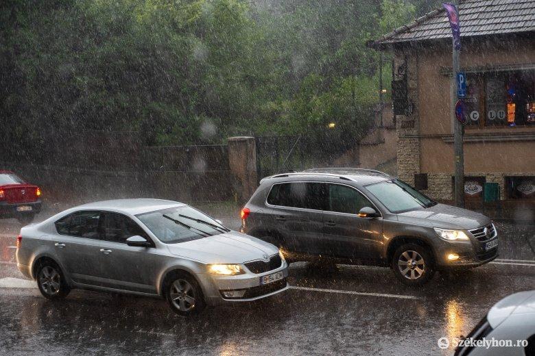Gólyafészek kapott lángra – Maros megyében is károkat okozott a vihar