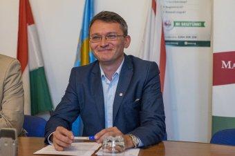 A Néppárt elnöke szerint Erdélyben is tetten érhető, hogy a magyarok nem etnikai alapon szavaznak