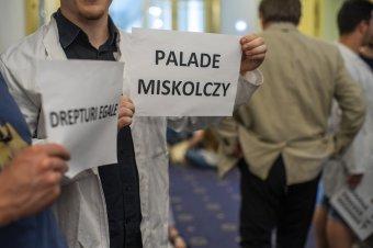 Az RMDSZ szerint Miskolczy Dezsőről is el kell keresztelni a marosvásárhelyi orvosit