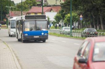Tömegközlekedés: ingyen bérletet igényelhet minden marosvásárhelyi lakos