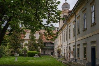 Eurómilliók szükségesek a görgényszentimrei kastély felújítására