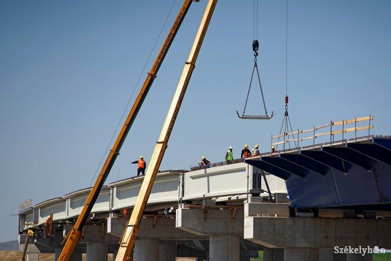Elmaradt az elvárásoktól az autópálya-építés üteme Maros megyében