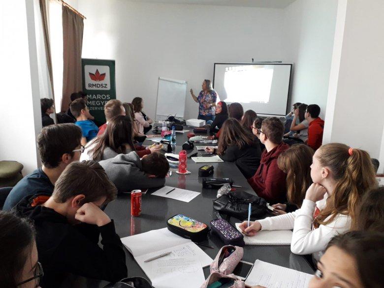 Felkészítők a képességvizsgára: idén is románból kél el leginkább a segítség