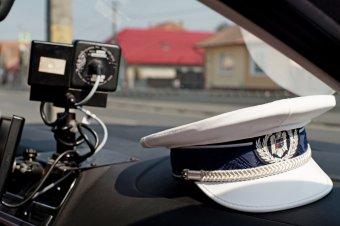 Az egyenruhájukhoz méltatlan magatartást tanúsító rendőrök megbüntetését kéri Kovászna polgármestere