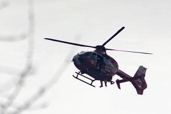 Helikopterrel vitték kórházba a balesetet szenvedő motorost