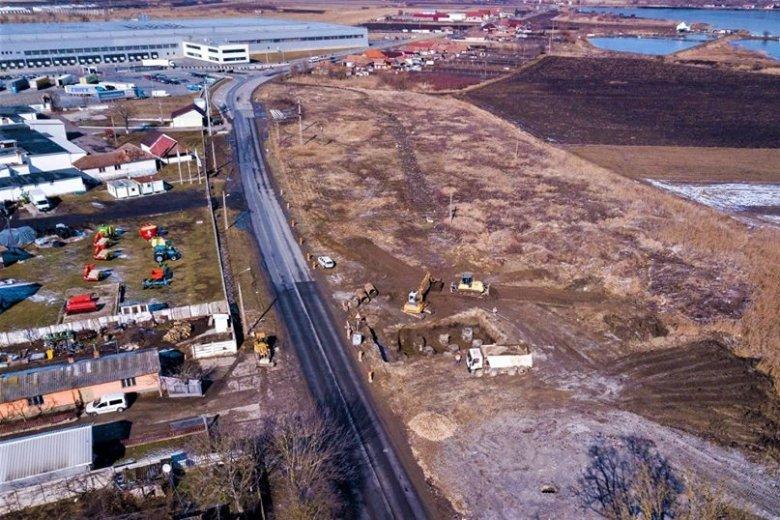 Autópálya: helyükre kerülnek a betoncölöpök, majd elkészülhet a felüljáró