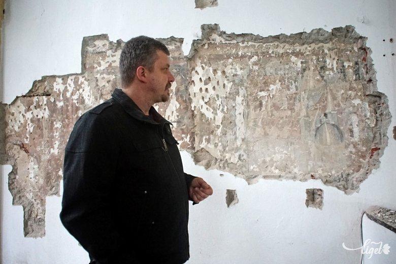 Vártemplomi meglepetés: Szent László legendája tárul fel a falakon