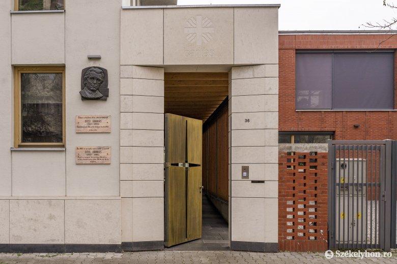 Caritas-székhely lett Sütő András egykori házából