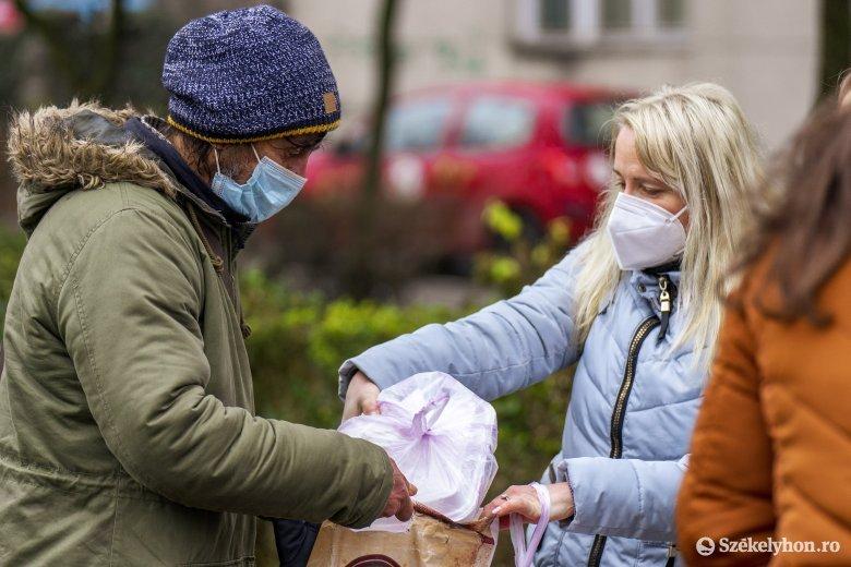 Hajléktalanokat támogató jóakarókat keresnek, ígérve, hogy az adomány biztos helyre kerül