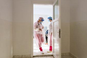WHO: a Covid-19 járvány második éve nehezebb lehet, mint az első