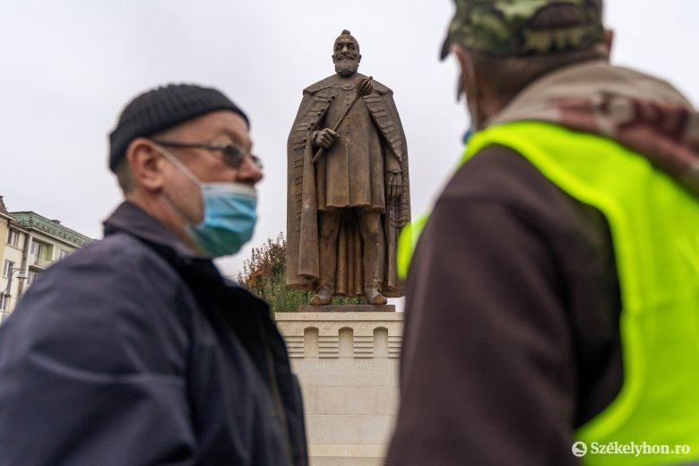 Online és a televízióban lesz követhető a marosvásárhelyi Bethlen Gábor-szobor avatása