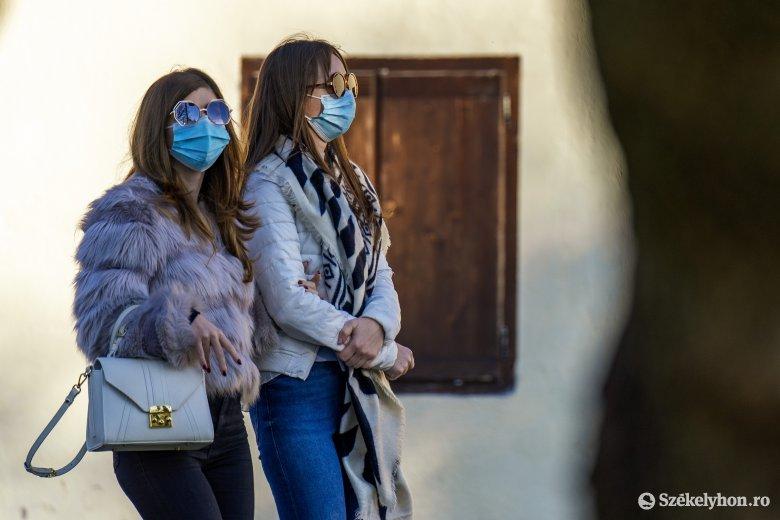 Egyszerűen és érthetően, hogy miért tud hatásos lenni a vírusterjedéssel szemben a maszk