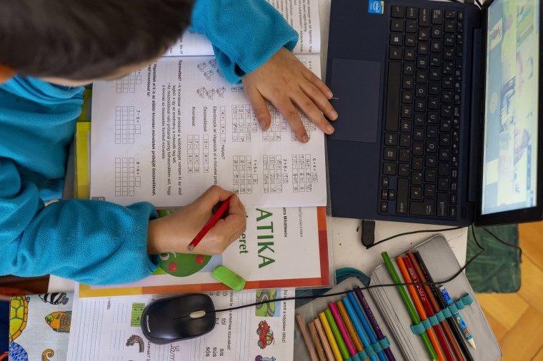 Több Hargita megyei diák tanul online jövő héttől