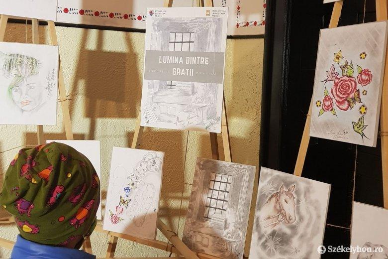 Tizenegy éve börtönben ülő fiatal rajzaiból nyílt tárlat Marosvásárhelyen