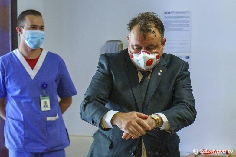 Villámlátogatást tett Marosvásárhelyen az egészségügyi miniszter