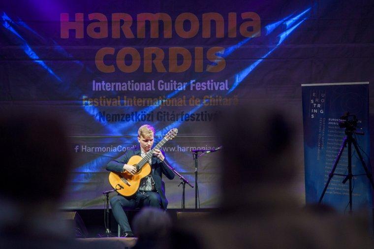Nemzetközi gitárfesztiválra készülnek Marosvásárhelyen és Székelyudvarhelyen