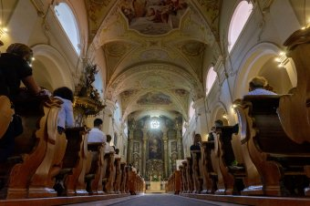 Katolikus segélyszervezet: világszerte fokozódik a vallásszabadság korlátozása