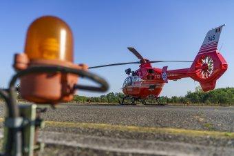 Mentőhelikopterrel szállítottak kórházba egy elgázolt gyalogost