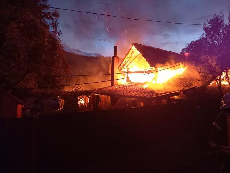 Lakóház lángolt Felsőköhéren