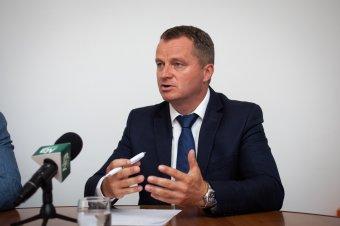 Nagyobb ellenszélben hoznák a 2016-os eredményeket – Mezei János EMSZ-társelnök a választás tétjéről, esélyeikről