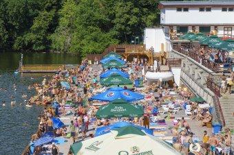 Koronahatás: a bizonytalan kezdés után szeptember végéig tart a nyári turisztikai idény