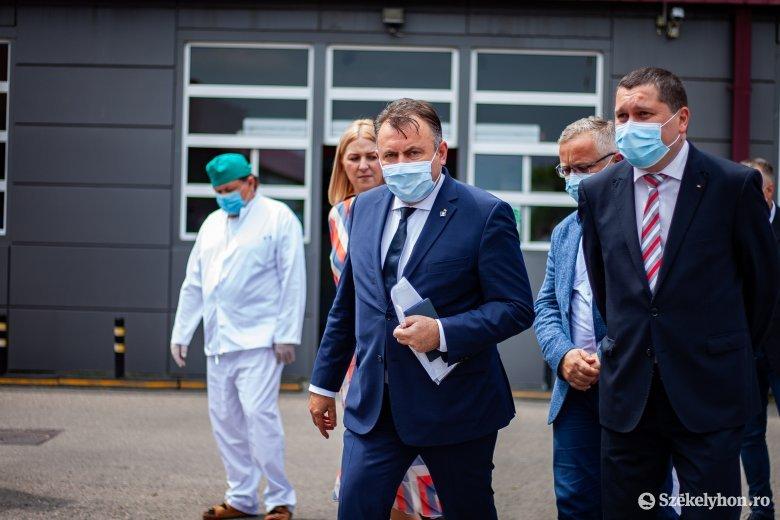 A marosvásárhelyi kórház alagsorába is benézett az egészségügyi miniszter
