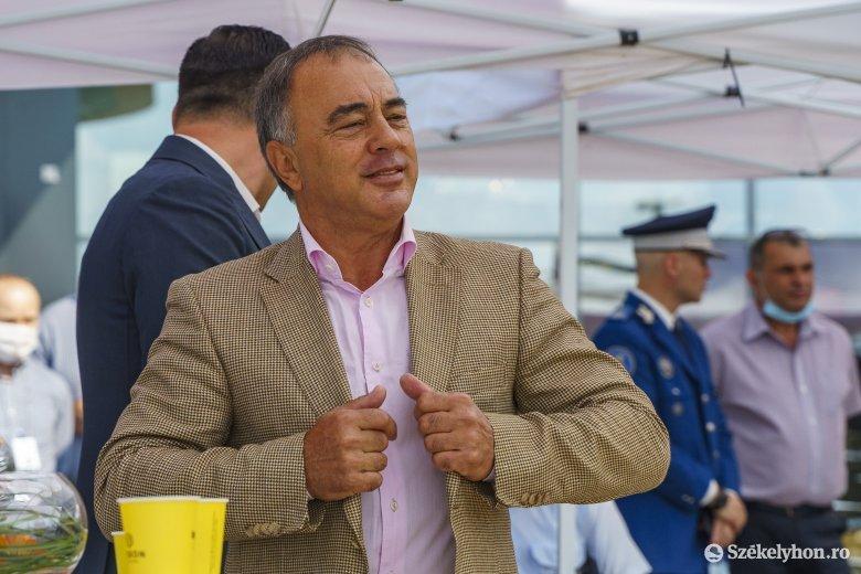 """Florea megérti """"sok magyar frusztráltságát"""", ezért magát ajánlja"""