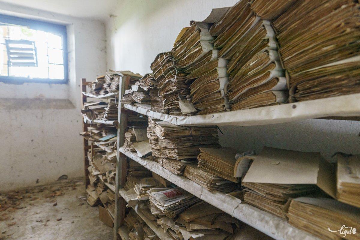 A polgármesteri hivatal irattára már nem kellett senkinek •  Fotó: Haáz Vince