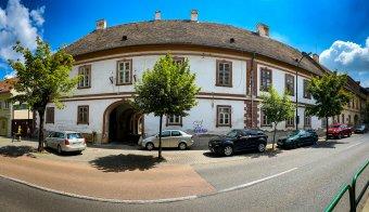 Megmentőre vár Marosszék egykori vármegyeháza – Kérdésessé vált a marosvásárhelyi műemlék épület sorsa