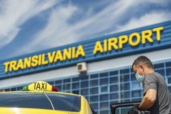 A tervezettnél hamarabb tér vissza a londoni járat a marosvásárhelyi repülőtérre