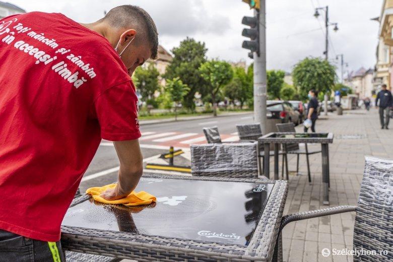 Enyhén emelkedik a fertőzéses esetek száma, csökken a bírságok értéke Maros megyében