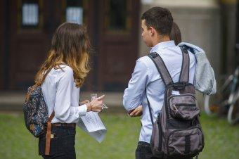 Kisebbségi oktatás: minimális mértékben javultak a magyar iskolákban tanuló diákok román vizsgaeredményei
