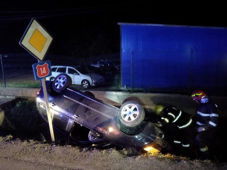 Hárman sérültek meg az éjszakai balesetben