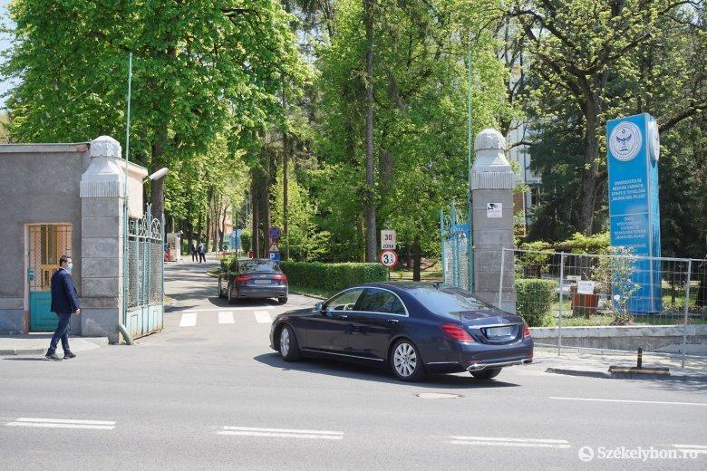Államfő, kormányfő és miniszter érkezett Marosvásárhelyre