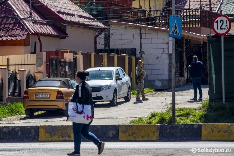 Orban: május 16-tól feloldjuk a kijárási korlátozást a településeken belül