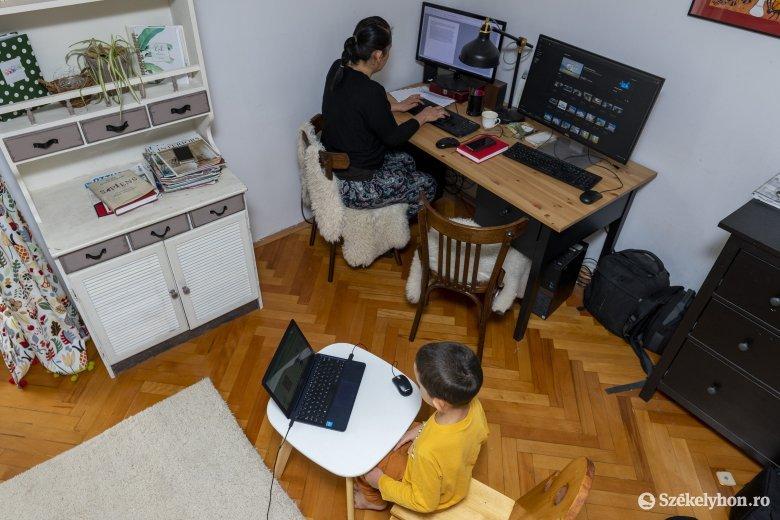 Felkészíteni a pedagógusokat is az online oktatásra