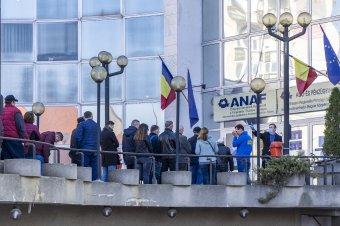 Egy hónappal meghosszabbította az ANAF az adóbevallások leadási határidejét