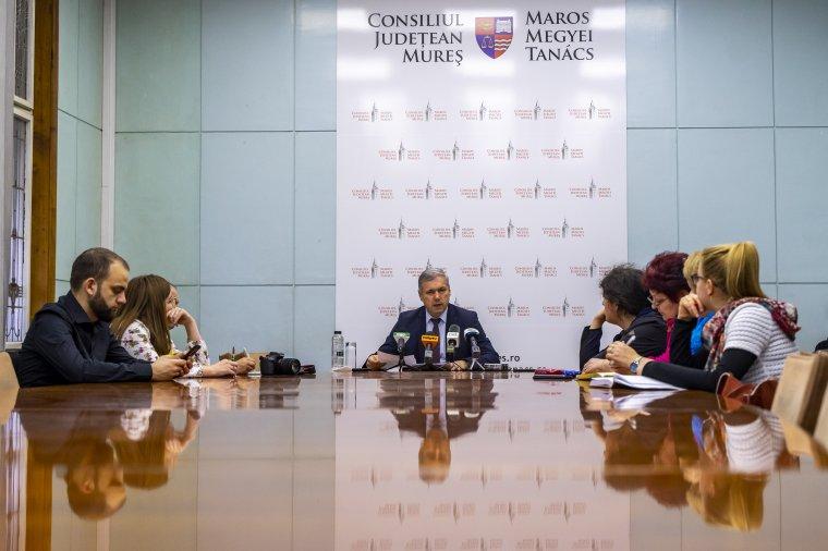 """Péter Ferenc """"hétpróbája"""": ellenfélnézőben Maros megye román tanácselnökjelöltjeinél"""