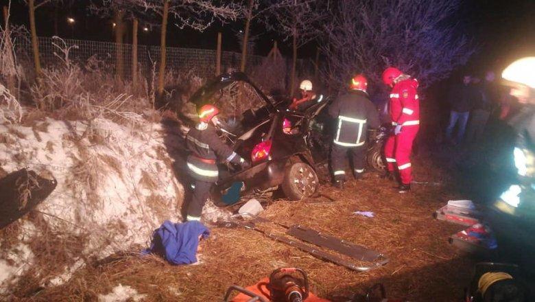 Két autó ütközött Mezőszabadon, öten megsérültek