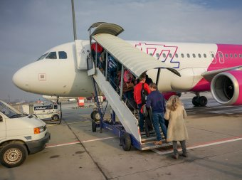 Nyolc bukaresti járatát indítja újra a Wizz Air