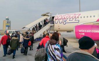 A korábbinál hosszabb utasfelvételre figyelmeztet a Wizz Air