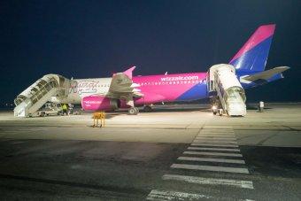 Üzemen kívül helyezte a Wizz Air a koronavírussal fertőzött olasz utast szállító gépet