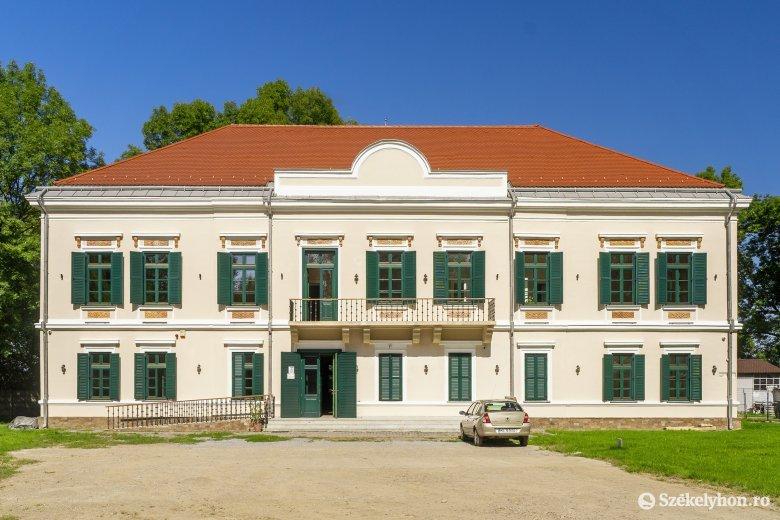 Visszanyerte eredeti szépségét a marosszentgyörgyi kastély