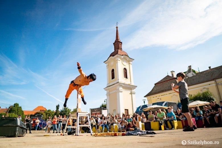 Fotókon mutatjuk, hogy milyen a hangulat marosvásárhelyi utcazene-fesztiválon