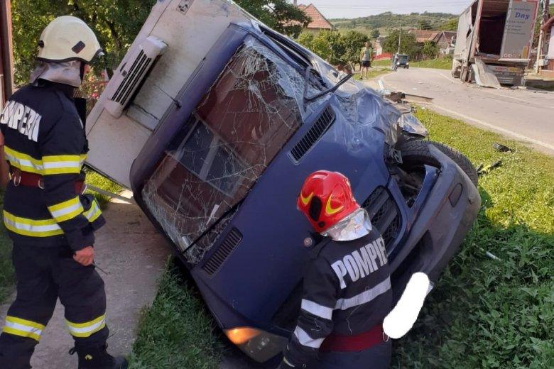 Két közúti balesetben összesen kilencen sérültek meg